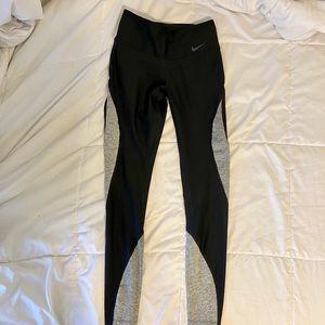 Women's XS Nike Dri-Fit Leggings